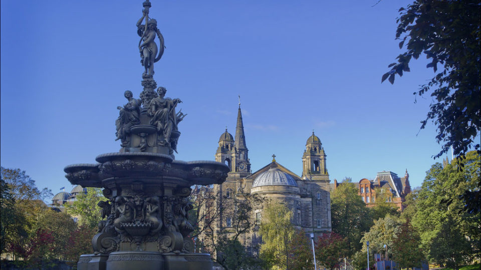 mm_edinburgh_ross_fountain