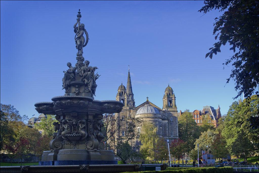 mm_edinburgh_ross_fountain
